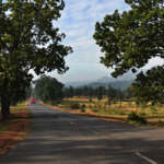 On-the-way-to-Bangriposi